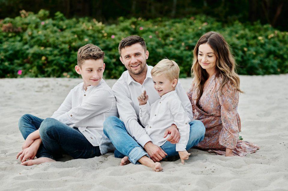 Letnia sesja rodzinna na plaży