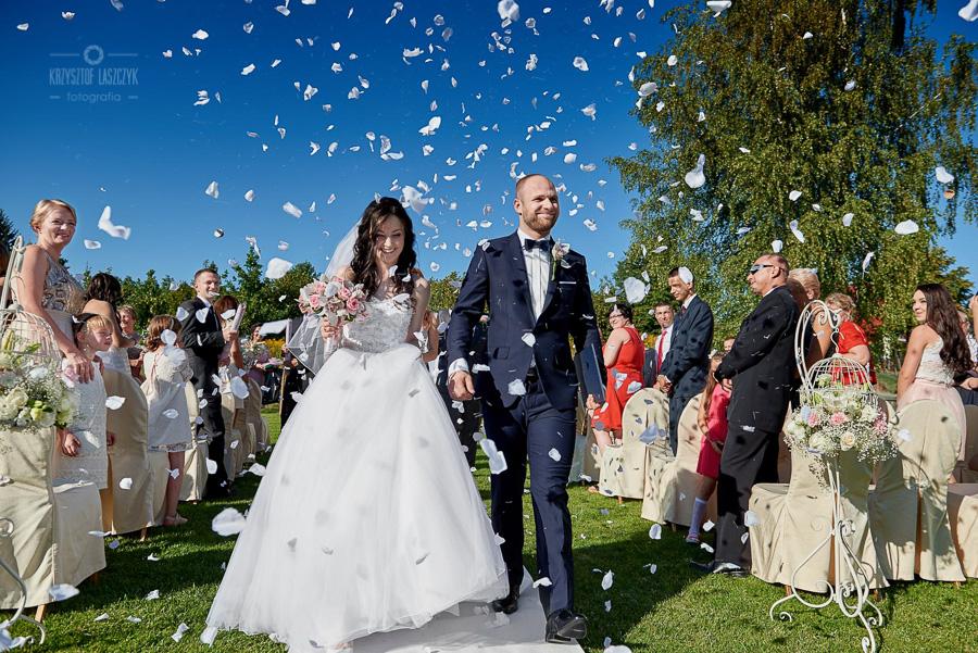 Monika & Marcin – ceremonia ślubu w plenerze, hotel Focus